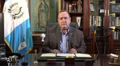 """Il Guatemala ha annunciato sospetti contro la Russia """"per corruzione del presidente"""""""