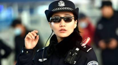 中国の警察は犯罪者を「強調」する眼鏡を受け取ります