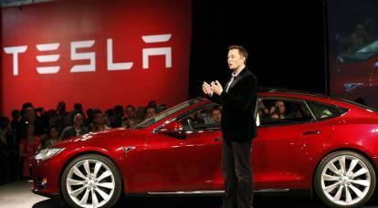 Perché una Tesla oggi è come una dozzina di Gazprom