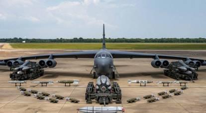 The Drive: B-52 mostra il suo arsenale rinnovato
