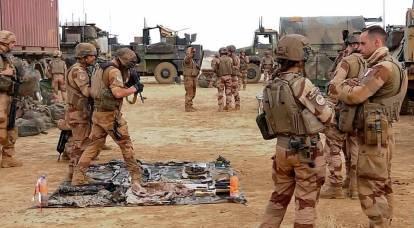 La Francia si avvia verso il crollo della NATO
