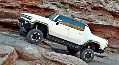 The legendary Hummer returns in a new guise