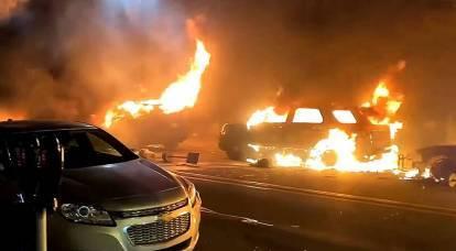 """Estados Unidos en llamas: una """"explosión social"""" que no podía dejar de suceder"""
