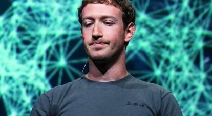 """Facebook """"fusionó"""" 50 millones de usuarios, perdiendo miles de millones de dólares"""
