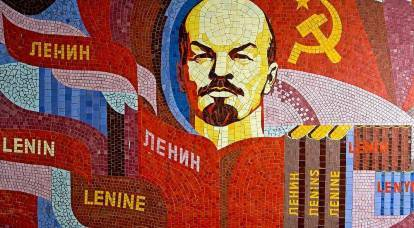 Lenin's mistake, Stalin's omission and Gorbachev's betrayal - could the USSR be saved?
