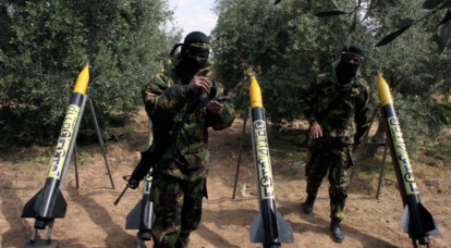 Almost four hundred rockets fired in Israel