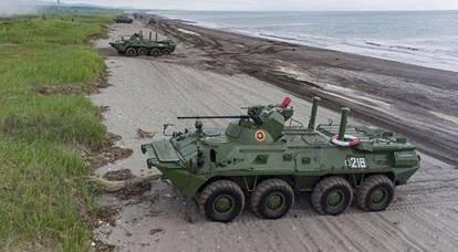 In Ucraina, il galleggiante BTR-4M è stato confrontato con i veicoli corazzati russi dei marines