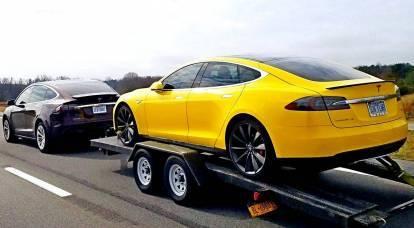 Elon Musk ha lanzado 120 mil Tesla defectuosos