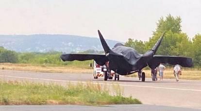 Foto del nuovo aereo da combattimento russo pubblicate sul Web