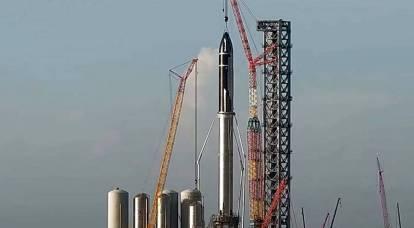 SpaceX ha assemblato il più grande razzo nella storia dell'umanità