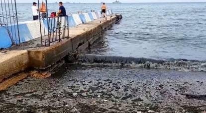 Descarga de aguas residuales: los rusos en el Mar Negro recurren a la espera de una realidad desagradable