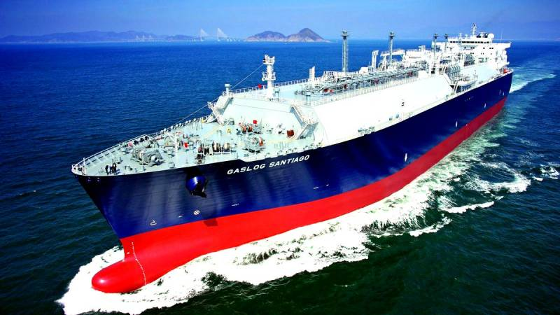 https://topcor.ru/uploads/posts/2018-07/thumbs/1532516654_lng-carrier-gaslog-16x9.jpg