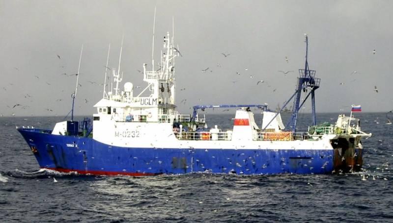 ウクライナは船長なしで「ノルド」の乗組員を解放した