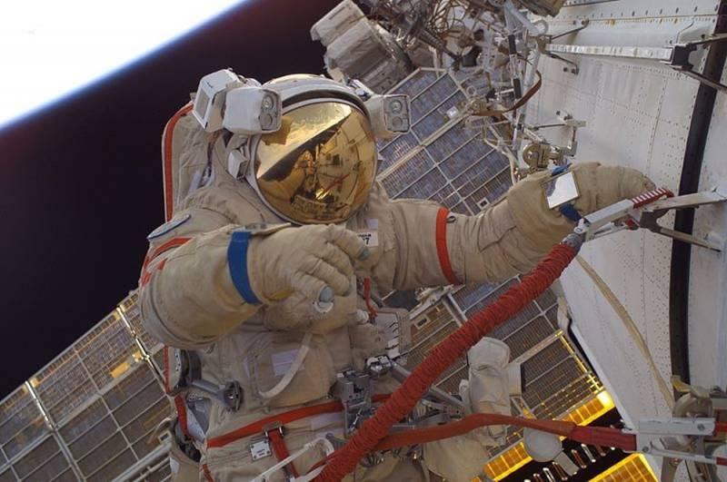 Россия готовит новое поколение скафандров для работы в космосе