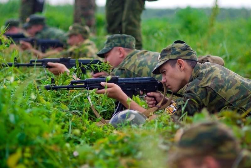 Зачем в России упразднили военные кафедры вузов