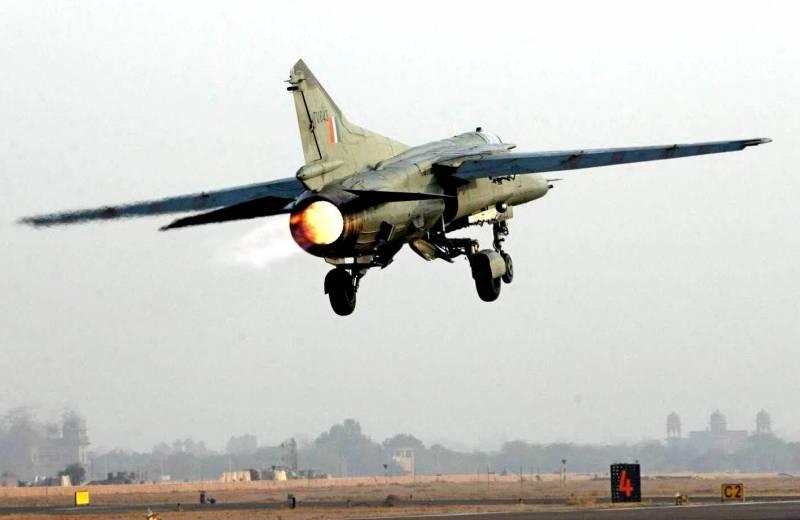 Начали сбивать самолеты: Мир застыл на грани ядерного конфликта