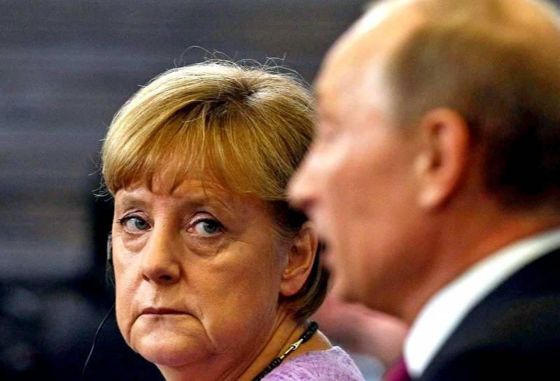 Почему Меркель так боится разозлить Россию