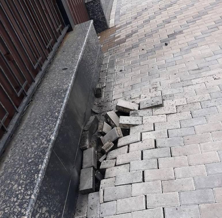 У посольства России в Киеве произошел взрыв