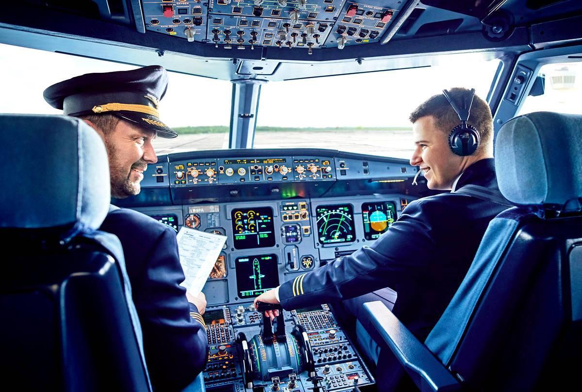 Картинка пилот и самолет