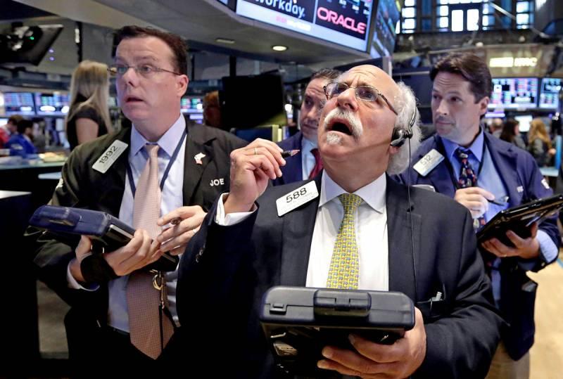 Ответный удар Китая по США обрушил американские биржи