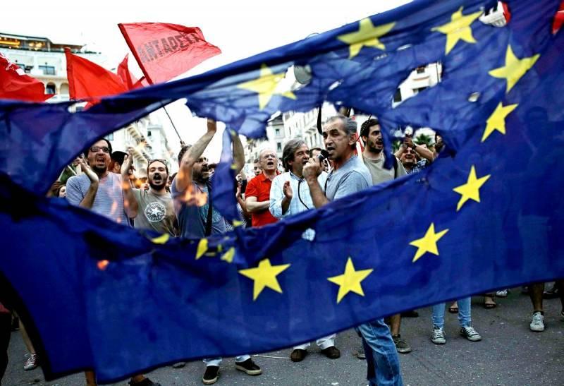 Неизбежность гибели Евросоюза уже сложно скрывать