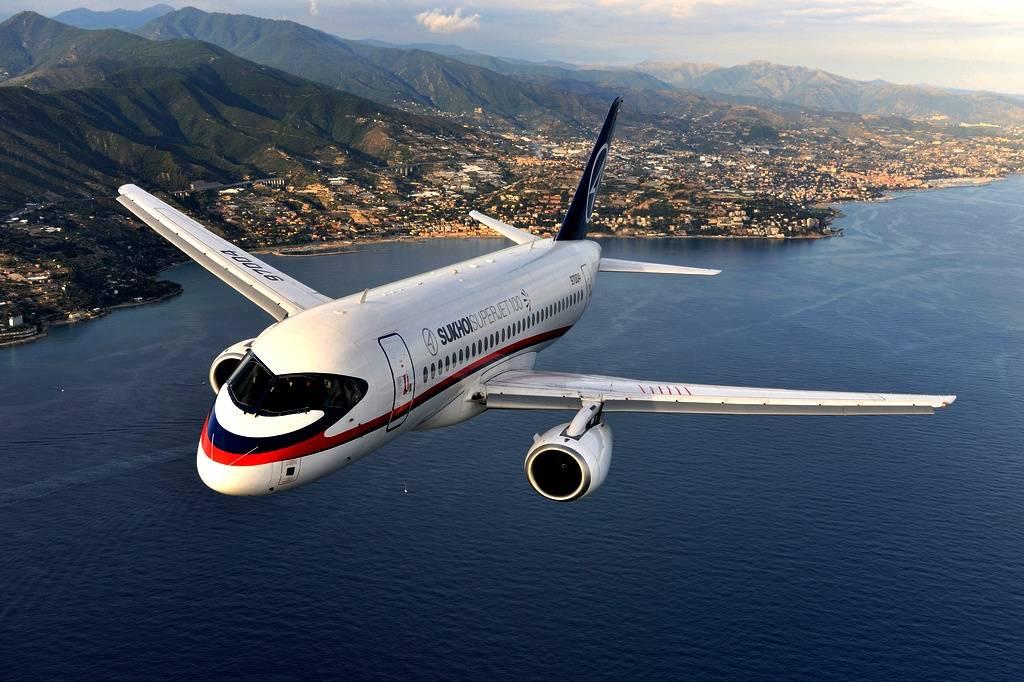 «Аэрофлот» решил неотказываться отпокупки еще 100 новых Superjet