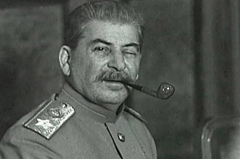 Сможет ли Россия отвязать рубль от доллара по примеру Сталина?