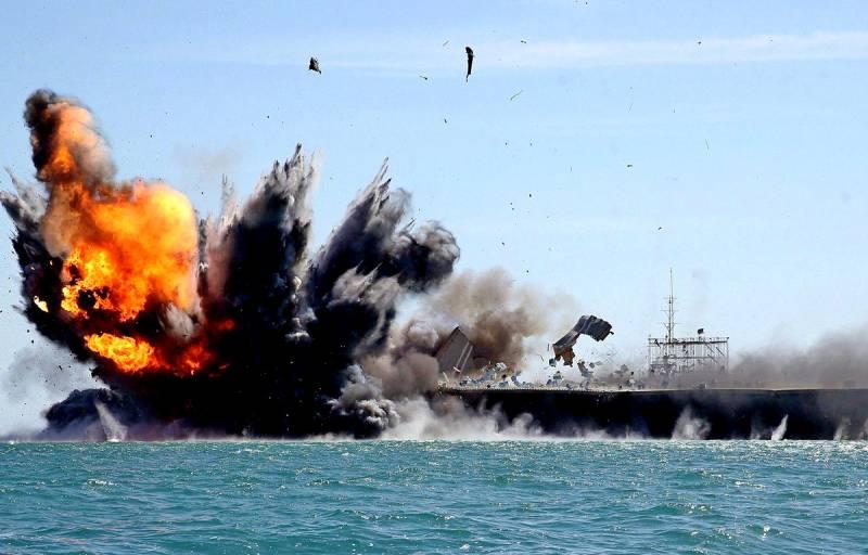 Достаточно утопить два авианосца: как Китай собирается побеждать США