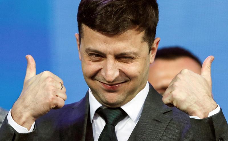 Зеленский требует люстрации для Порошенко и всего бывшего руководства страны