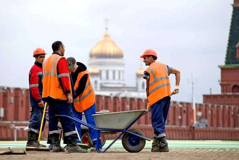Через два поколения Россия может перестать быть русской