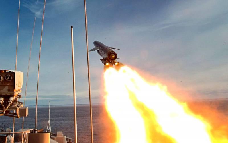 Гонка вооружений для России началась с опасных ЧП