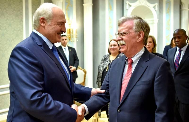 Последствия будут в самом скором времени: Что делал Болтон у границ России?