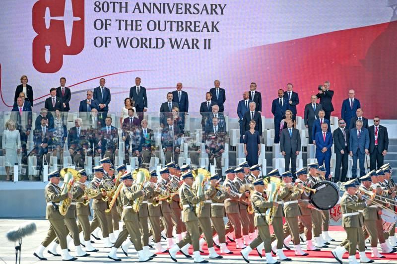 Запад вырывает из рук России Победу во Второй мировой