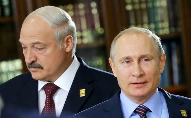 Хитрая игра батьки: Лукашенко опять заблудился между Россией и Европой