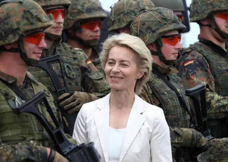 Стало известно о планах Германии высадить парашютный десант на Донбассе