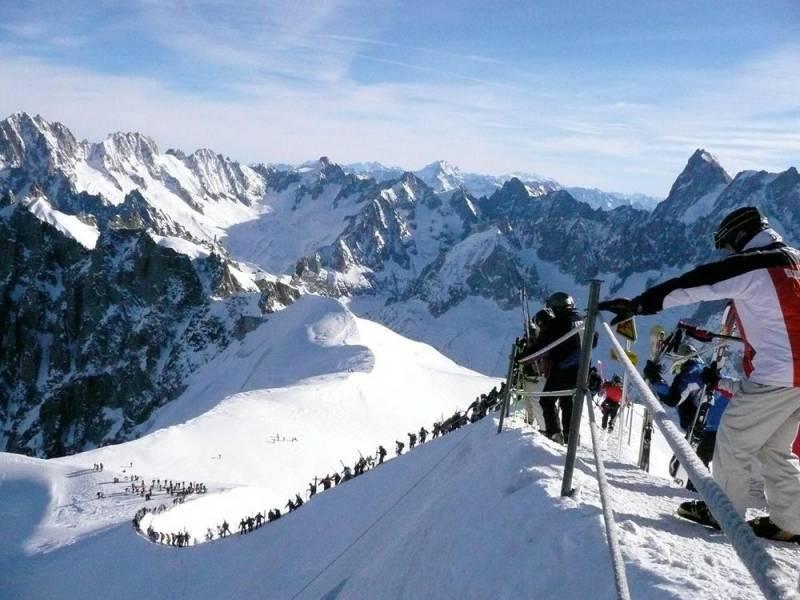 Базу ГРУ России «нашли» во французских Альпах