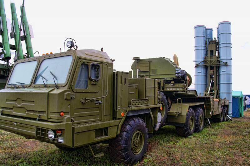 Россия и Ирак начали переговоры по поставкам ЗРК С-300