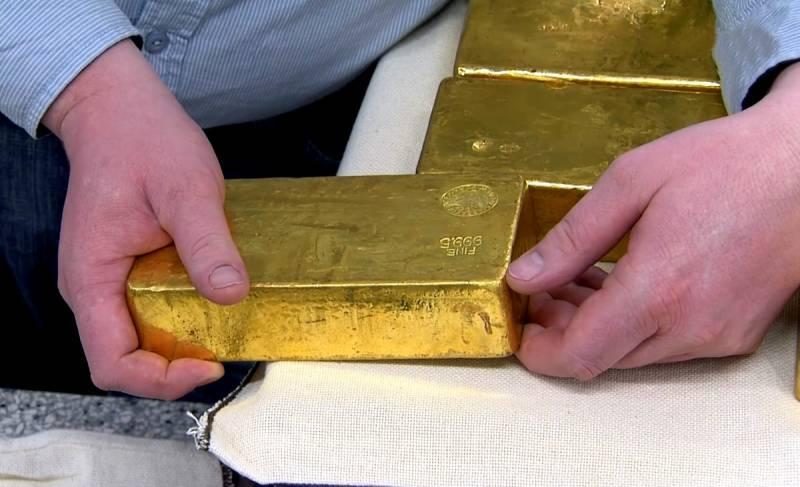 Зачем из России начали вывозить золото
