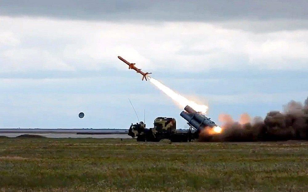 На Украине допустили удар новой ракетой по кораблям в Новороссийске