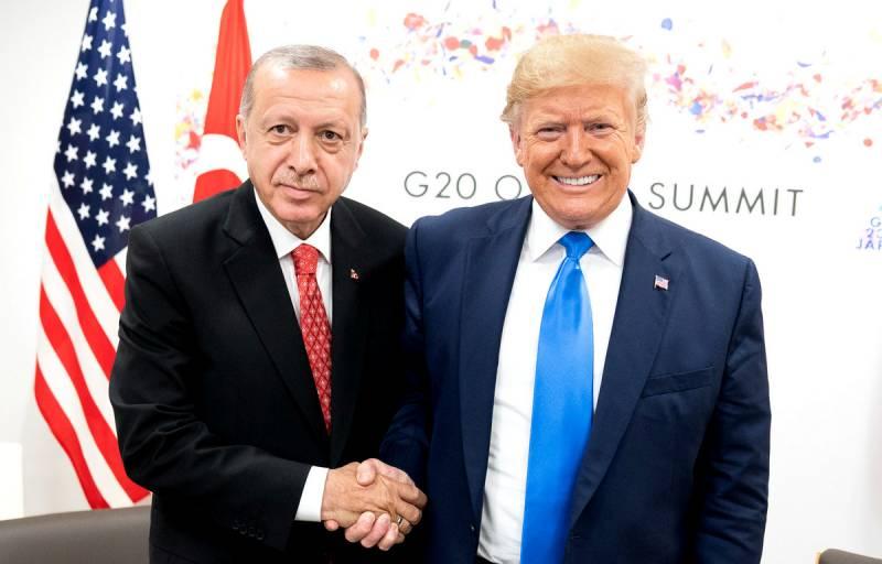 Турция отказывается от союза с Россией и возвращается к США