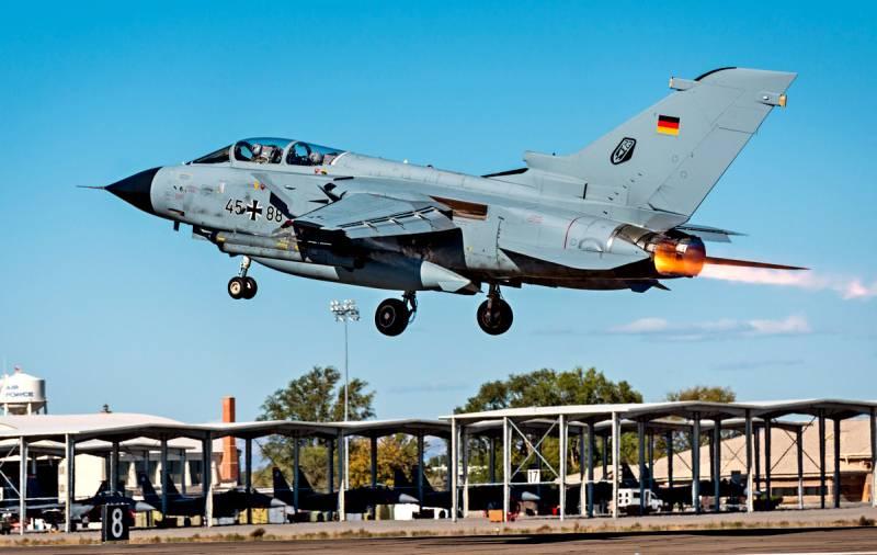 США заставляют Германию встать на путь войны с Россией