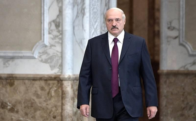 Политолог: Действия Лукашенко фактически развязали России руки