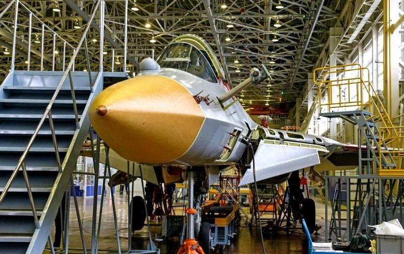 В США комментируют фото второго серийного Су-57: Русские существенно повысили качество сборки