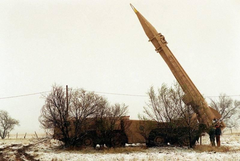 Сотня ракет и десятки танков: армия Хафтара обнаружила клад с советской военной техникой