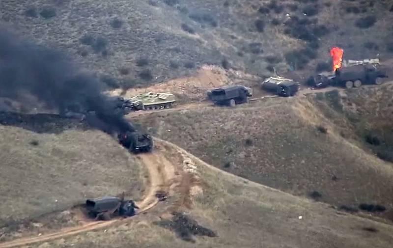 Армянская артиллерия накрыла колонну ВС Азербайджана: опубликовано видео