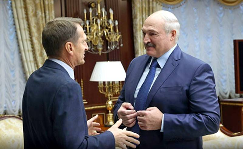 What lies behind the visit of the head of Russian foreign intelligence to Minsk