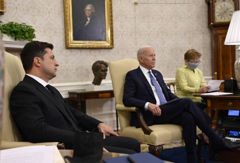 Источник: США и Украина приняли негласное решение по Донбассу